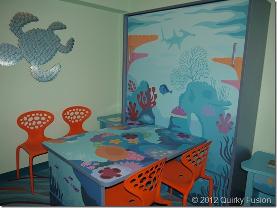 Dining table in the Nemo Suite