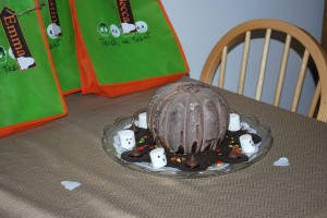 Pumpkin Spice Cake w/Ghostly Marshmallows and Witches' Hats,