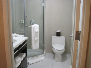 Staybridge Suites Times Square bathroom