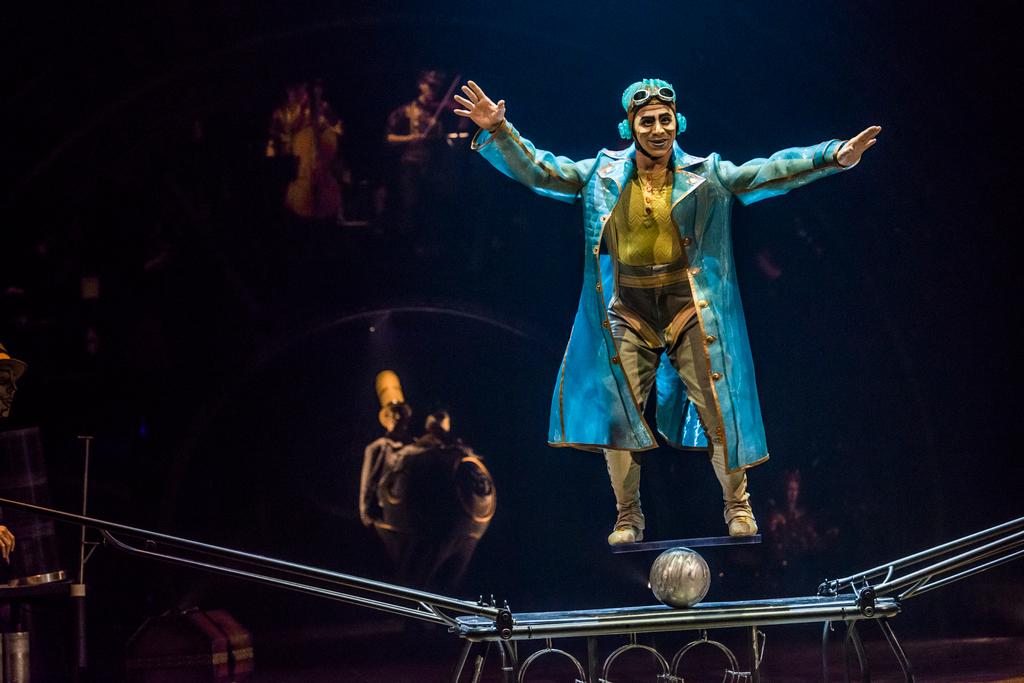 Cirque du Soleil Kurios Rola Bola